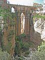 The 'Puente Nuevo' over El Tajo gorge, Ronda - panoramio.jpg