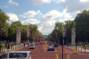 The Mall, London (4656054952).jpg