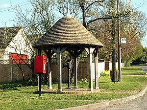 Kingston, Cambridgeshire - Image: The sheltered pump in Kingston geograph.org.uk 1243943