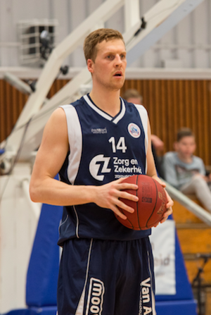 Thomas Koenis - Koenis playing for ZZ Leiden in 2016