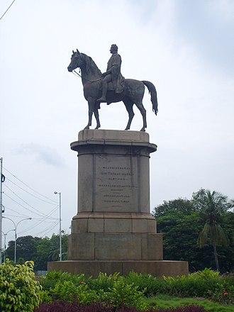 Statue of Thomas Munro - Statue of Thomas Munro in The Island, Chennai