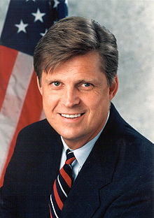 Todd Tiahrt, official photo portrait, color.jpg