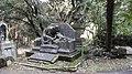Tomba Jauch E18 Cimitero di Staglieno.jpg