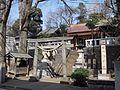 Torii (鳥居) at Daita Hachiman Shrine (代田八幡神社) - panoramio.jpg