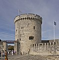 Tour chaîne port La Rochelle.jpg