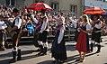 Trachtengruppe aus Slowenien beim Villacher Kirchtag.jpg