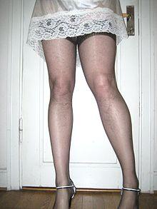 Трансвестизм переодевание в женскую одежду