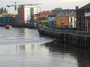 Tidal bore - The Trent Aegir at Gainsborough, Lincolnshire, 20 September 2005