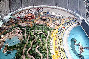 Indoor water park - Image: Tropical Islands 5