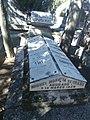 Tumba de Miguel Morayta, cementerio civil de Madrid.jpg