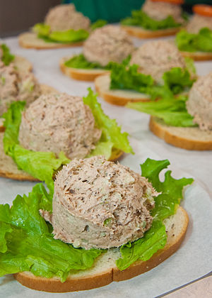 Tuna salad - Image: Tuna fish sandwiches for the National School Lunch Program (1)