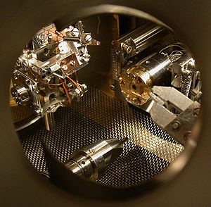 A look into the ultra high vacuum (UHV) chamber of a UHV scanning tunneling microscope