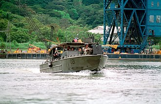 Riverine Assault Craft - Image: USMC Riverine Assault Craft (RAC) patrolling in the Panama Canal