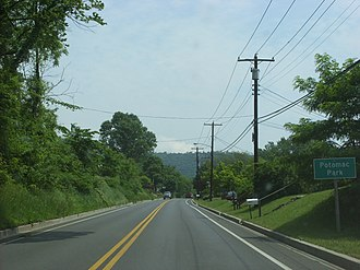 U.S. Route 220 in Maryland - US 220 northbound entering Potomac Park