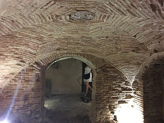 Subterranean Toledo - An underground bath in the Jewish Quarter of Toledo