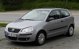 VW Polo 1.2 Tour (IV, Facelift) – Frontansicht, 4. September 2011, Heiligenhaus.jpg