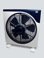 Small box fan with wide feet for stability