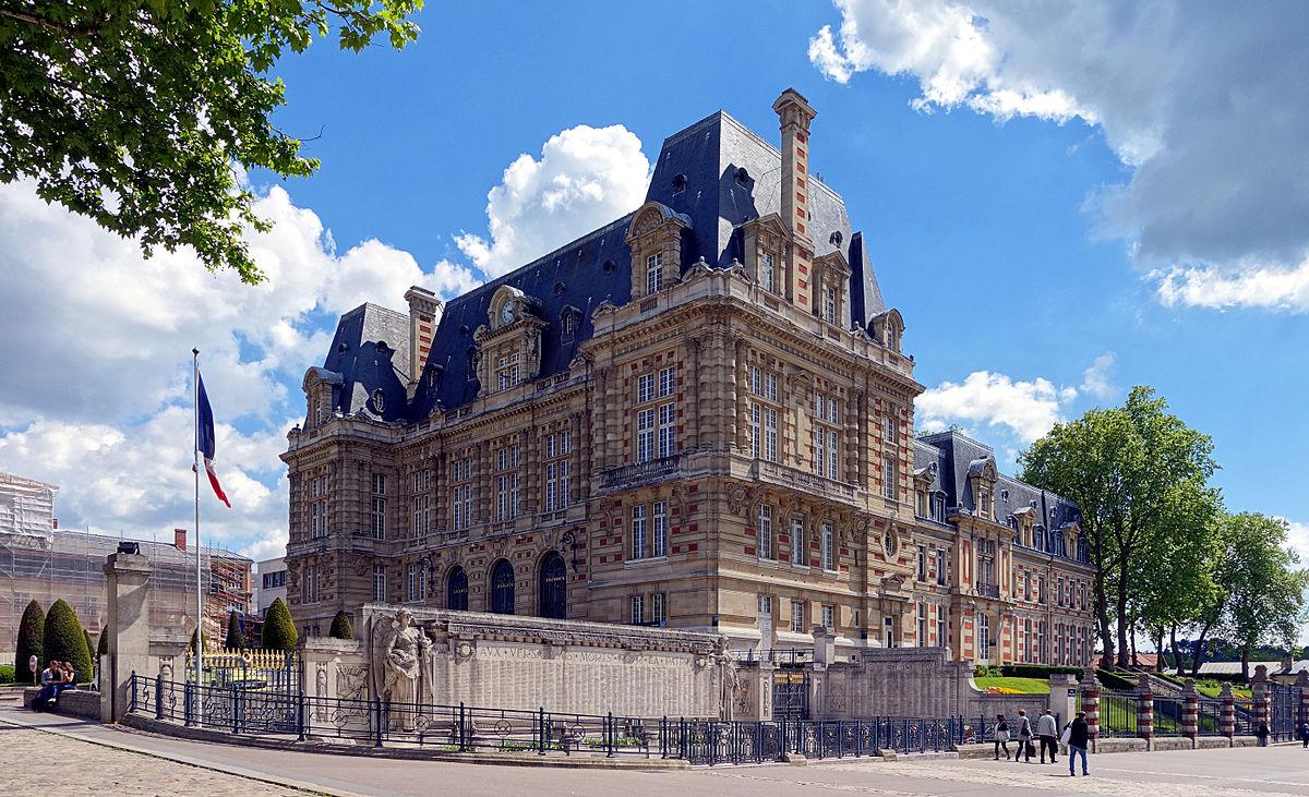 Hotel De Ville Vesou