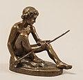 Vilhelm Bissen, En nøgen dreng, der sidder og meder, 1856, KMS5986, SMK.jpg