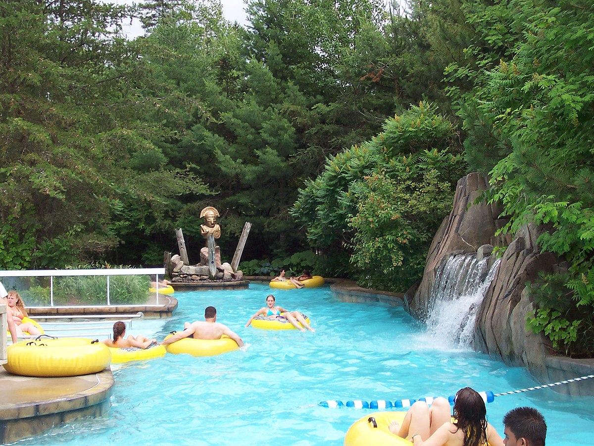 Lazy river attraction wikip dia - Village vacances auvergne piscine ...