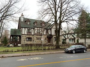 Saint-Laurent, Quebec - Historic houses in Saint-Laurent.
