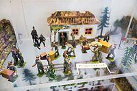 WWI toy German soldiers (25887310883).jpg