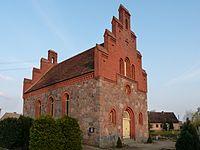 Wegezin Kirche Nordwest.jpg