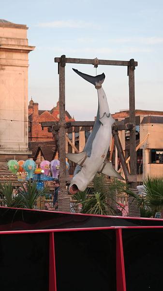 File:Whale at nottingham old market square - mini beach (20265048700).jpg