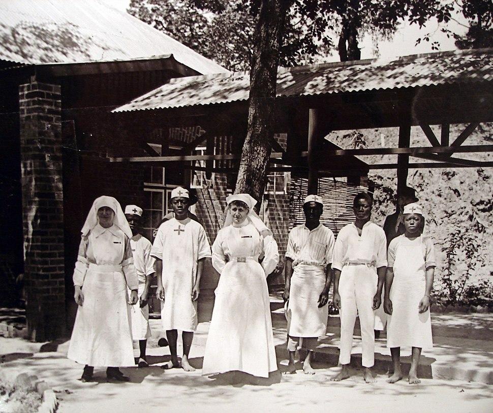 White nurses of the Union Minière du Haut Katanga April 1918