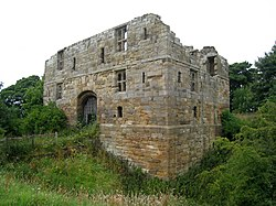 Whorlton Castle gatehouse exterior.jpg