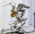 Wien Michaelerkirche Portal Michael.jpg