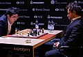 Wladimir Kramnik (li.) und Lewon Aronjan, Kandidatenturnier Berlin 2018, 10. Runde.jpg