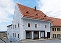 Wohn- und Geschäftshaus 5489 in A-8345 Straden.jpg