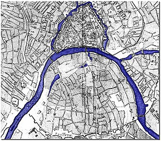 Vodootvodny Canal - 1739 map. River level shown at a summer low: old river bed dried out, leaving isolated patches of mud.