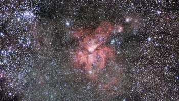 Dosya:Zooming in on the star formation region NGC 3324.ogv
