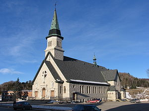 La Malbaie - The church of La Malbaie near city hall