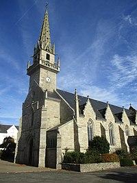 Église Notre-Dame-de-Pitié de Trébrivan 01.jpg