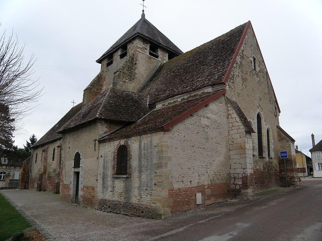 L'église Saint-Pierre-aux-Liens.