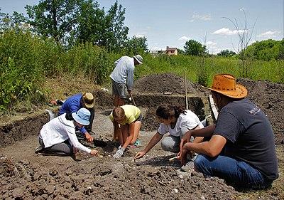 Археологічна експедиція у Старобільську. Разом краще.jpg
