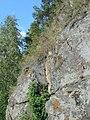 Прибрежные скалы озера Тургояк 1.jpg