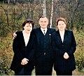 Х. Барлыбаев — депутат Государственной думы третьего созыва, депутат ГС РБ . Г. Ситдыкова и журналистка.jpg