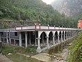 建在溪底的欧式建筑 - panoramio.jpg
