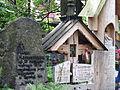 -1109 M stary cmentarz (Na Pęksowym Brzyzku) wraz z murem, bramą, drzewami i pomnikami Zakopane bgvvvv.jpg