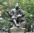-2018-07-11 Sir Thomas Browne Statue, Norwich, Norfolk (1).jpg