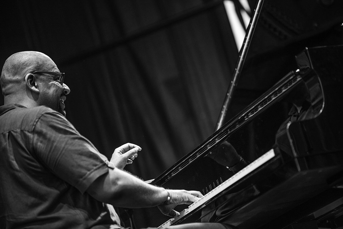 Louis Hayes likewise Luis Perdomo  pianist besides Bill Carrothers together with Frode Barth together with  on oscar peterson discography wiki