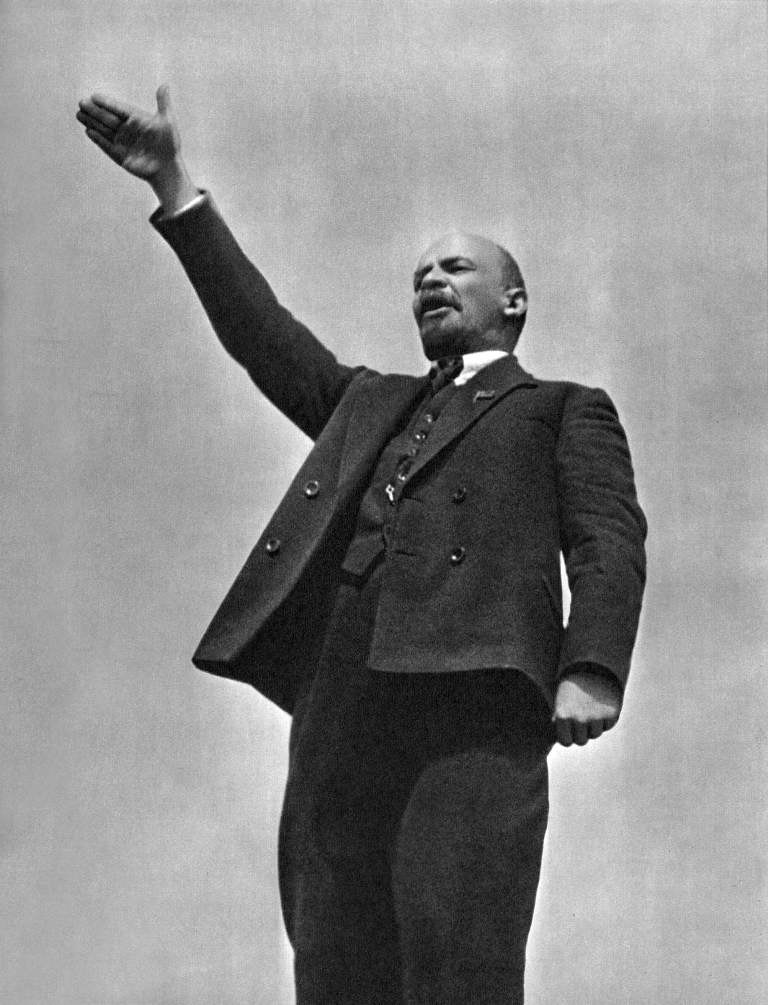 19190501-lenin speech red square