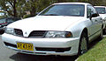 2000-2002 Mitsubishi TJ Magna Executive sedan 03.jpg