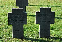 2017-09-28 GuentherZ Wien11 Zentralfriedhof Gruppe97 Soldatenfriedhof Wien (Zweiter Weltkrieg) (023).jpg