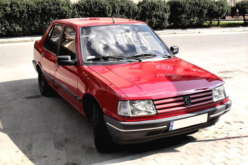 Plik:309 Peugeot Red jaslo.JPG – Wikipedia, wolna encyklopedia