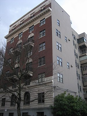 National Register of Historic Places listings in Northwest Portland, Oregon - Image: 705 Davis Street Apartments Portland
